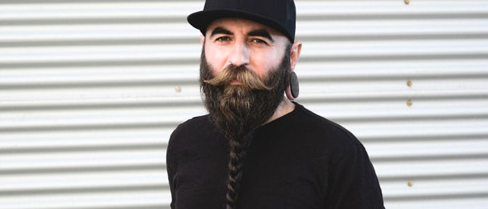Beard braid mobile